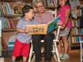 Ruth reading to children 2